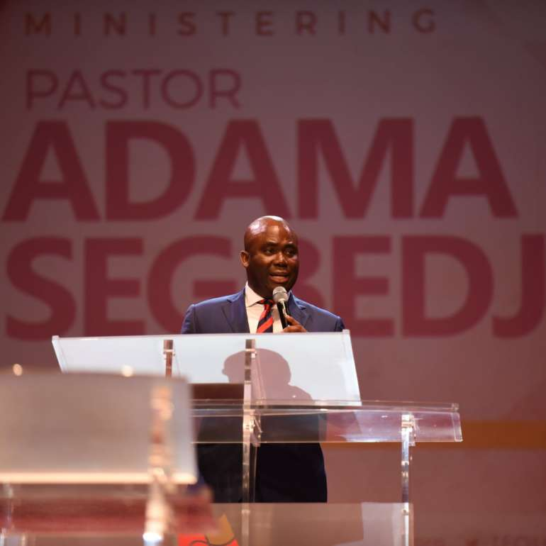 Pastor to broadcast national Easter Online Service